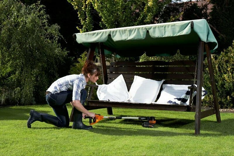 Benefits of Using the Trimmer for Gardening
