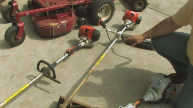 Weed Eater Head Not Spinning – It Might be A Broken Drive Shaft